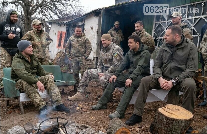 Порошенко похвалил Зеленского за «правильный ответ» добровольцам, фото-1