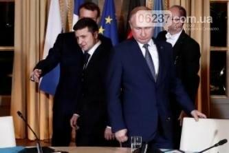 Песков прокомментировал переговоры «на повышенных тонах» в Париже, фото-1