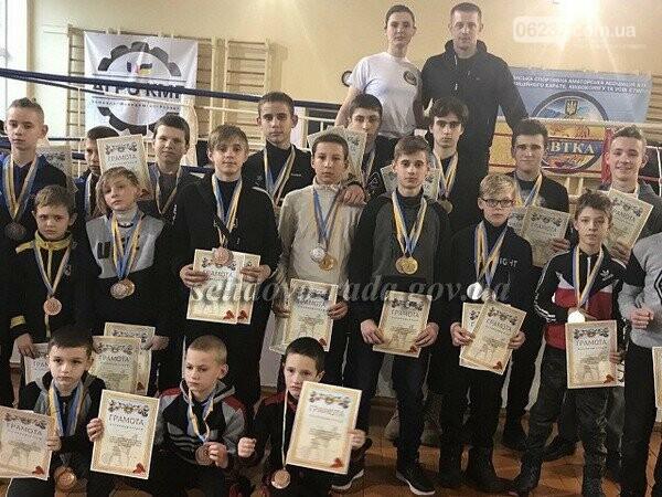 Бойцы из Селидово завоевали медали на Всеукраинском турнире сильнейших кикбоксеров Украины, фото-1