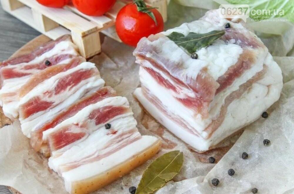 Сало на завтрак: что изменится в организме, если есть жир натощак, фото-1