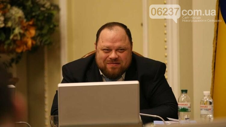 Не более трех вопросов. Каким будет новый закон о референдуме и вынесут ли на голосование судьбу Донбасса, фото-1